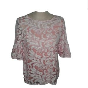 Relativity blouse size medium pink floral Bin5